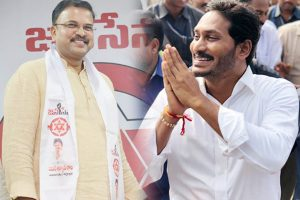 JD Lakshminarayana Change his Tone on about Jagan
