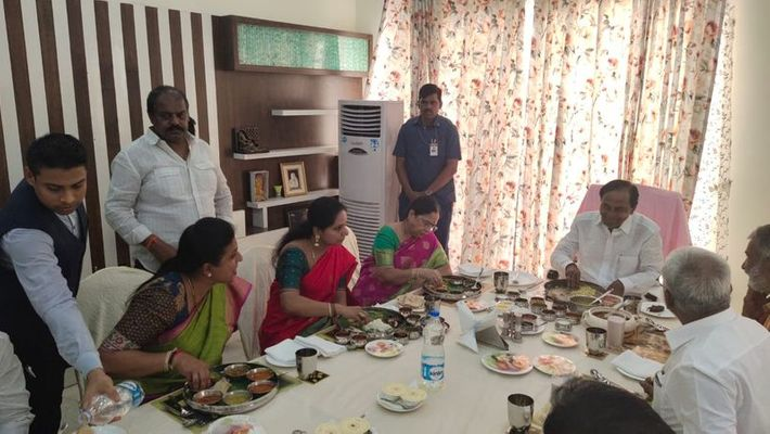 KCR fida to Roja Lunch arrangements